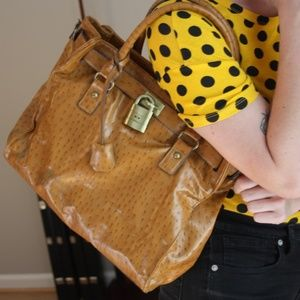 BUENO SHINY SADDLE BROWN SHOULDER BAG